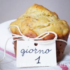 Muffins con semi tostati, indivia e cipolle di Tropea