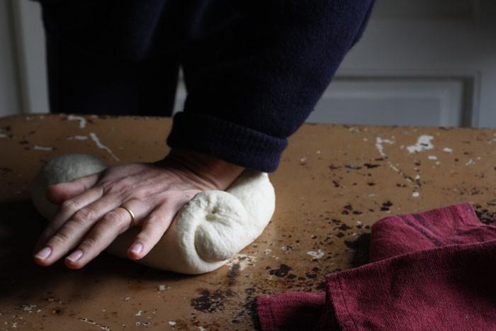 Kanelbullar: brioches svedesi alla cannella per Natale